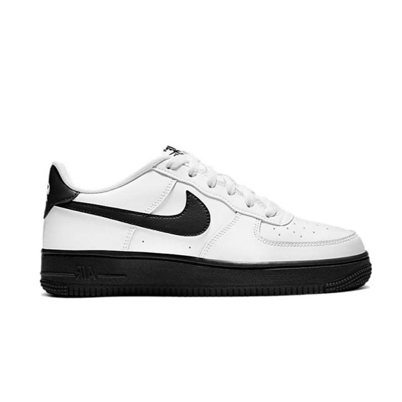 Baskets Nike Air Force 1'07 sur DM'Sports