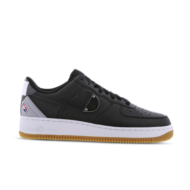 Baskets Air Force 1'07 LV8