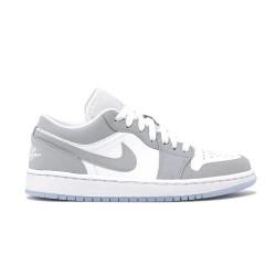 Baskets Nike Air Jordan 1...