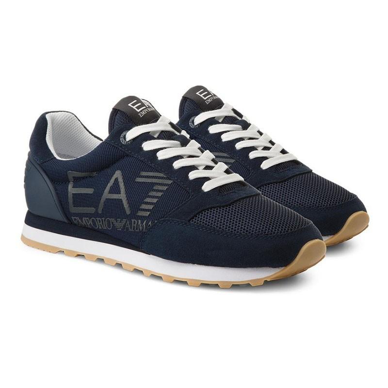 Baskes Armani EA7 Heritage running U