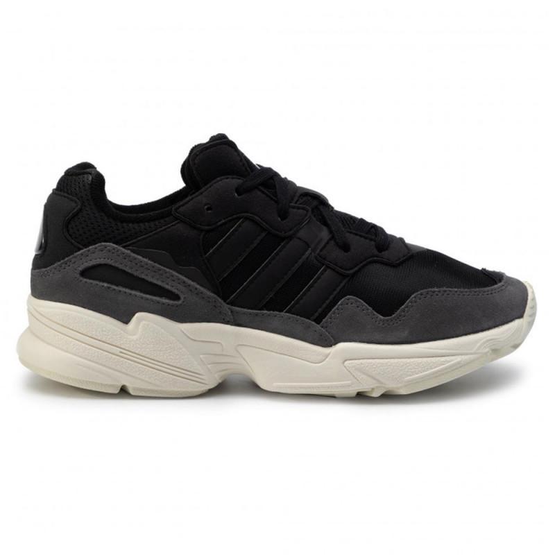 Baskets Adidas YUNG 96