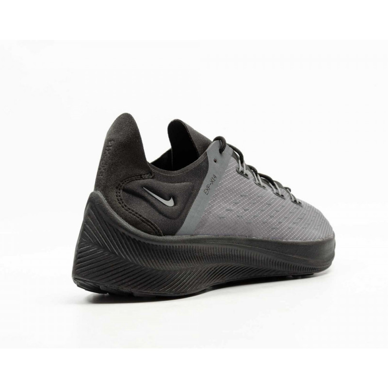 Baskets Nike EXP-14